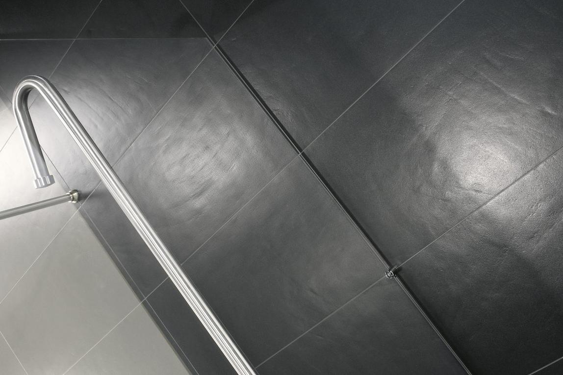 Clay Resin Cement Effect Tiles _ Graphite _3_